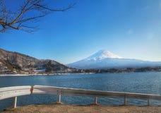 Zet Fuji en het kawacuchikomeer, Japan, Azië op royalty-vrije stock afbeeldingen