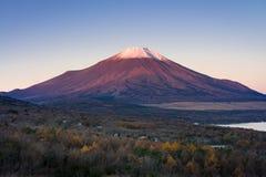 Zet Fuji en meer Yamanaka op Royalty-vrije Stock Afbeelding
