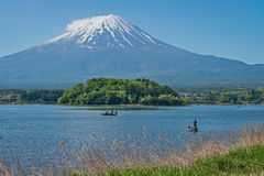 Zet Fuji en visser op stock fotografie