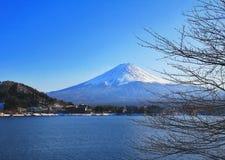 Zet het meer van Fuji en van kawacuchiko, Kawacuchiko, Japan op stock afbeeldingen