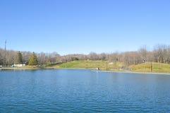 Zet Koninklijk park dichtbij Bevermeer in op Montreal Royalty-vrije Stock Afbeeldingen
