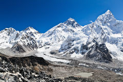 Zet Mening Everest in Himalayagebergte, Nepal op royalty-vrije stock fotografie