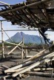 Zet Merapi één van de meeste actieve vulkanen in Indonesië op royalty-vrije stock afbeeldingen