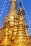Zet Popa, in Bagan, in Myanmar op stock afbeelding