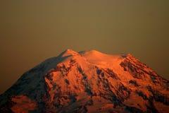 Zet Regenachtiger bij Zonsondergang op Royalty-vrije Stock Foto's
