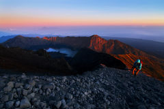 Zet Rinjani-Kratermeer bij zonsopgang op Royalty-vrije Stock Fotografie