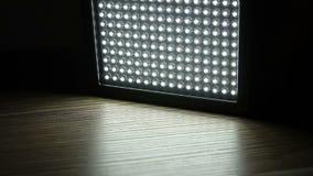 Zet van geleid licht paneel aan stock footage