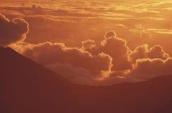 Zet Vulkaan Haleakala bij Zonsopgang op Royalty-vrije Stock Afbeeldingen