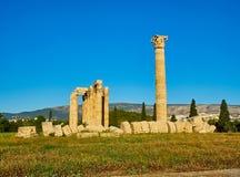 zeus виска олимпийца Афины, Attica, Греция Стоковые Изображения RF