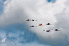 Zeven AT-6 Texans Vlieg weg Stock Afbeelding