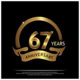 zevenenzestig jaar verjaardags gouden het ontwerp van het verjaardagsmalplaatje voor Web, spel, Creatieve affiche, boekje, pamfle vector illustratie