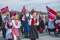 Zeventiende van kan, de nationale dag van Noorwegen Stock Foto