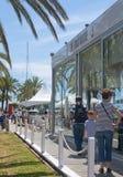 Zewnętrzna scena Łódkowatego domu restauracją Zdjęcia Royalty Free