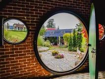 Zewnętrznego widoku okno i drzwi zdjęcia stock