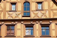 Zewnętrzny szczegół dziejowy drewniany ramowy budynek w Rothenburg Ob Dera Tauber, Niemcy Zdjęcia Stock