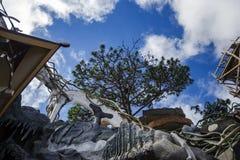 Zewnętrzny widok i nieprawdopodobna architektura Szalony dom Obrazy Royalty Free