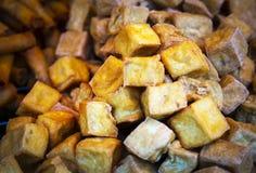 zgłębia smażącego tofu tajskie jedzenie zdjęcie stock