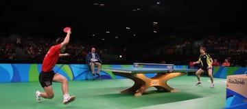 Zhang Jike que juega a tenis de mesa en los Juegos Olímpicos en Río 2016 Fotos de archivo