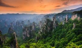 Zhangjiajie Forest Park nacional en la puesta del sol, Wulingyuan, Hunan, Fotos de archivo libres de regalías