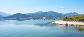 Zhangjiakou, Hebei, Porcelanowy Guanting rezerwuaru krajobraz zdjęcia royalty free