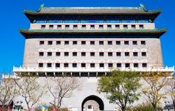 Zhengyangmen (Qianmen) brama Lokalizować w Qianmen ulicie, Pekin, Chiny zdjęcie royalty free
