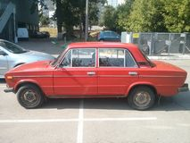 Zhiguli, Kyiv, 20 anos de carro velho fotografia de stock royalty free