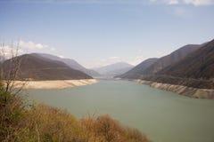 Zhinvali fördämning, Georgia Arkivbild