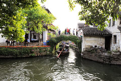 Zhouzhuang en China se conoce como la Venecia del este Foto de archivo