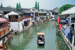 Zhujiajiao Town i Shanghai Arkivbilder