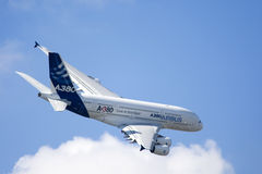 Zhukovsky, Ρωσία 19 Αυγούστου: �380 πτήση επίδειξης Στοκ φωτογραφία με δικαίωμα ελεύθερης χρήσης