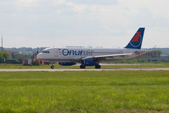 Turkish Airbus A320-200 TC-OBM airline Onur Air on the runway of Ramenskoye airfield. ZHUKOVSKY, RUSSIA - JULY 20, 2017: Turkish Airbus A320-200 TC-OBM airline Royalty Free Stock Photography