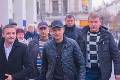 Zhytomyr, Украина - 5-ое мая 2015: Требования предпринимателей поддержанных руководителем радикальной партии Oleg Lyashko Стоковые Изображения RF