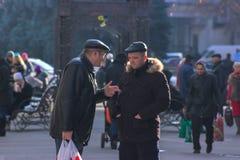 Zhytomyr Ukraina, Wrzesień, - 03, 2015: mężczyzna chce wyjaśniać coś Zdjęcie Stock