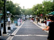 Zichron亚可夫街道的游览  库存照片