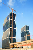 Zickzack ragt Westschacht Doha Qatar hoch lizenzfreie stockbilder