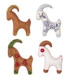 Ziege Toy Set Hängende Weihnachtsdekoration, weißer Hintergrund Lizenzfreie Stockbilder