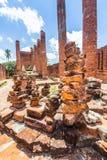 Ziegelbrockensatz in den Ruinen Stockfotografie