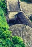 Ziegeldach einer mittelalterlichen Festung stockbild