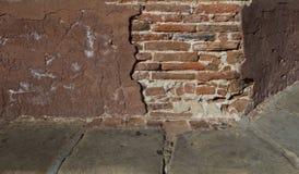 Ziegelstein- und Gipsnahaufnahmedetailschuß Stockbild