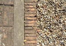 Ziegelstein- und Steinboden Lizenzfreie Stockfotos