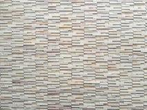 Ziegelsteinblock-Wandhintergrund im Wohnzimmer zu Hause, weiße Wand im Haus, Restaurant oder Café, weiße Ziegelsteinblock-Wandtap Stockfotografie