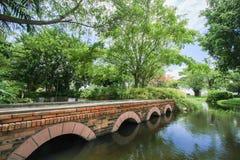 Ziegelsteinbrücke Lizenzfreie Stockbilder