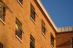 Ziegelsteingebäude stockbilder