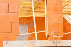 Ziegelsteinhaus im Bau Stockfoto