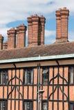 Ziegelsteinkamin an den Gebäuden nahe Windsor Castle, England Stockfoto