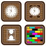 Ziegelsteinweb-Tasten mit Ikonen der Zeit Stockfoto