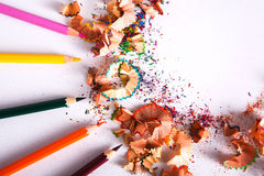 Ziehwerkzeuge, Los bunte Bleistifte gestalten Hintergrund Lizenzfreies Stockfoto