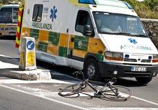 Ziekenwagen en Fiets Stock Foto's