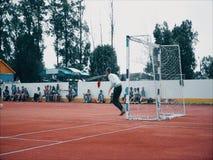 Ziel am Amateurfußballspiel stock footage