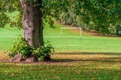 Zielbeiträge im städtischen Spielpark Lizenzfreies Stockfoto